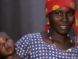 Mali_mother_and_child_Curt_Carnemark_World Bank